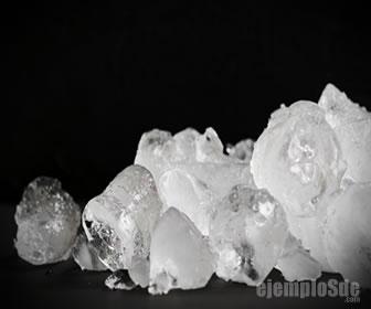 El hielo es el producto de la congelación