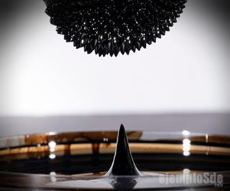 Ferrofluido atraido por un imán