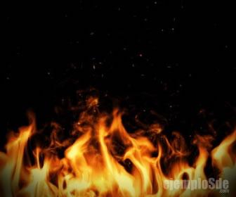 La combustión es un ejemplo de fenómeno químico